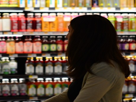 10 Easy Ways to Save More at the Grocery